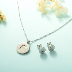 Women Necklace Set Gold Plated Stainless Steel Bear Jewelry KKSTAO-0227A